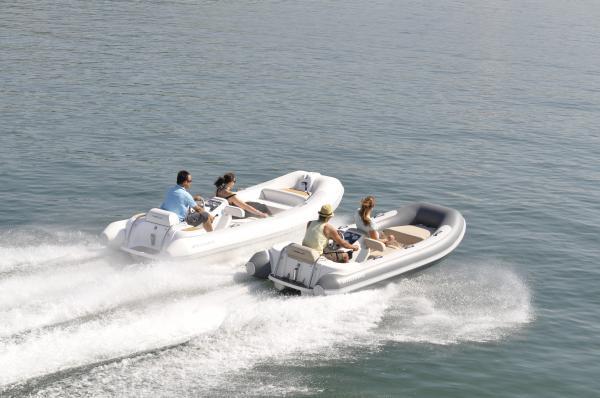 Motorboot, Segelyacht oder Gummiboot?