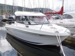 B�n�teau Antares 780 Pilothouse Boat