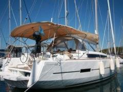 Dufour 410 Grand Large Yacht � voile